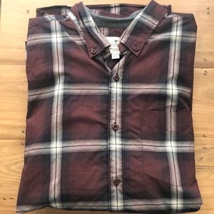American Eagle- Maroon Plaid- Button Down- Large